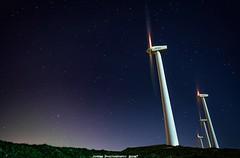 Gigantes de la Noche... (JoseMi Campos) Tags: naturaleza noche nikon paisaje cielo estrellas nocturna monte fotografia navarra nikond5300