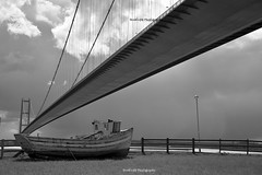 S17_4400 (Scott's-101 Photography) Tags: road trip bridge water spring nikon view hull coupe astra humber opel vauxhall bertone nikonofficials