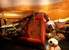 (lilDMented) Tags: disney droid bb8 starwarslaunchbay