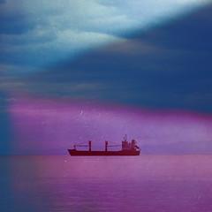Attente  Itea (andrefromont/fernandomort) Tags: sea boat greece bateau grce egeansea merge fernandomort andrfromont andrefromontfernandomort