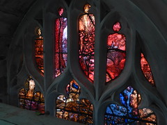 Traceries, Richard III Memorial Window, Leicester Cathedral (Aidan McRae Thomson) Tags: window modern cathedral contemporary leicester stainedglass tomdenny