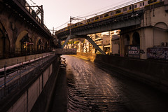 2016080 (gwagwa) Tags: street train river tokyo evening 20mm nikkor f28s