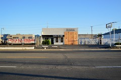 CLEARLY THE BEST (rickele) Tags: autorepair vacant sacramento outofbusiness firedamage blanksign southsacramento southsac fareastautoservice automechanicshop