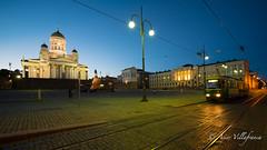 FINLAND - Helsinki - Senate square (Asier Villafranca (www.asiervillafranca.com)) Tags: blue night square helsinki tram hour tramway senate finlandia cathdral uusimaa