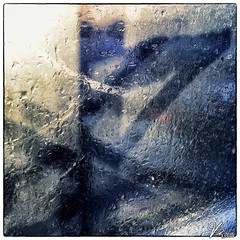 Untitled 00.23 (ViTaRu) Tags: cameraphone abstract window wet rain mobile reflections drops artistic shapes iphone 6s