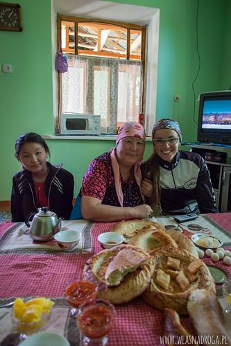 Czaj z kirgiską rodziną