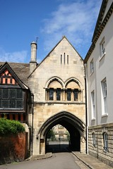 Gloucester Gateway (Heaven`s Gate (John)) Tags: england sunlight sunshine architecture buildings perspective harrypotter gloucestershire gloucester archway hogwarts gloucestercathedral johndalkin heavensgatejohn