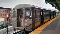 IMG_20160221_113423522_HDR (7beachbum) Tags: newyorkcity newyork brooklyn subway publictransportation shuttle mta masstransit rapidtransit