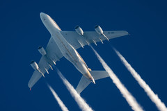 Singapore Airlines Airbus A380-841 9V-SKE (Thames Air) Tags: singapore airlines airbus a380841 9vske contrails telescope dobsonian overhead vapour trail