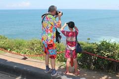 Des touristes... Des vrais! (GeckoZen) Tags: bali indonesia tourist tanahlot touriste turis