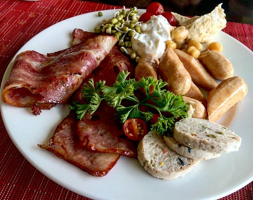 #Breakfast buffet #bacon #sausages #hummus #sprouts #labneh
