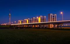 Verbinding met Flevoland, Markermeer (xsgraphicdesign) Tags: bridge tower night lelystad sluis lighttrail markermeer