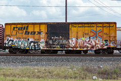 (o texano) Tags: bench graffiti texas houston trains sws wh freights ghouls wyse a2m benching adikts