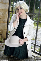 francesca_DSC6451modfirma (manuele_pagani) Tags: girl hat pose outfit style sit hepburn