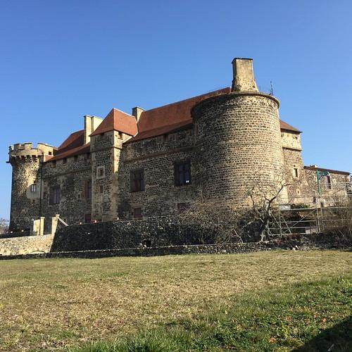 Saint-Saturnin Chateau