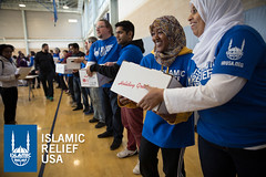 Islamic Relief USA volunteers give out turkeys to the D.C. community