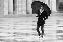 David (ribadeluis) Tags: rain lluvia asturias modelo universidad estilo gijon paraguas hombre laboral elegancia canonef70200mmf28lusm universidadlaboral copito gentelman eos6d principadodeasturias estyle canoneos6d gijnxixn