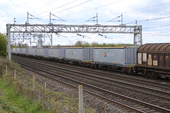 New Boxes (uksean13) Tags: canon cheshire transport crewe boxes freight dbs ef28135mmf3556isusm dbschenker chorltonlane 760d