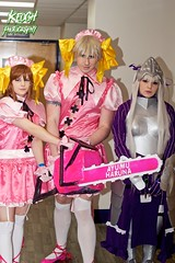 IMG_8383 (Neil Keogh Photography) Tags: pink white black anime yellow silver grey highheels dress purple boots top helmet manga chainsaw skirt jacket gloves amour cosplayers headdress kneehighsocks groupshoot gaunlets manchesteranimegamingcon2016