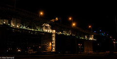 Nol en avril ? (alex.bernard) Tags: bridge light canada night canon landscape construction montral outdoor lumire qubec pont 5d tamron nuit pontjacquescartier jacquescartierbridge tamron2470 canon5diii