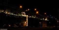Noël en avril ? (alex.bernard) Tags: bridge light canada night canon landscape construction montréal outdoor lumière québec pont 5d tamron nuit pontjacquescartier jacquescartierbridge tamron2470 canon5diii