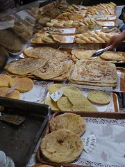 North African crpes (seikinsou) Tags: brussels evening spring place belgium belgique market bruxelles crepe marocco chasseur ardennais