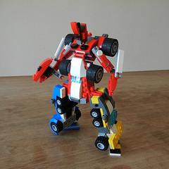 DSCN6327 (alfa145q_lego) Tags: robot lego mecha rebuild alternate 31034 31033 31032 legocreator vehicletransporter redcreatures futureflyers