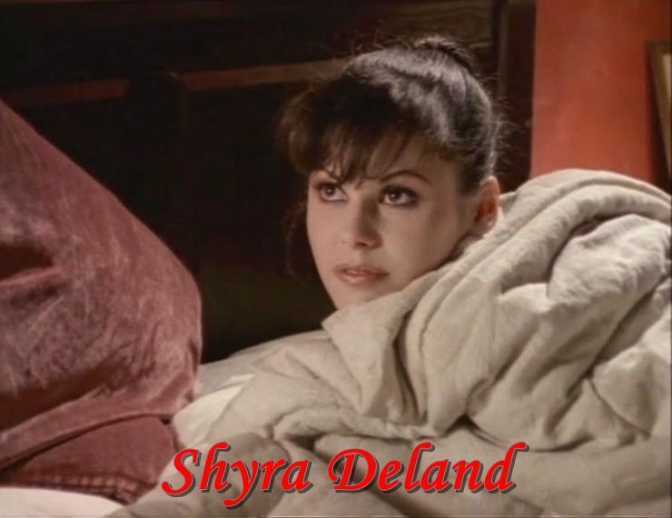 Shyra Deland Nude Photos 31