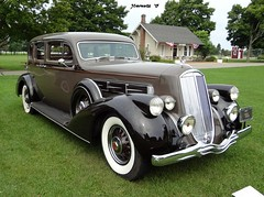 1937 Pierce-Arrow Model 1702 7-Passenger Sedan (JCarnutz) Tags: 1937 gilmorecarmuseum piercearrow