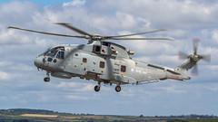 RN EH Industries EH-101 Merlin HM.2 ZH843 '12' (Hugh Dodson) Tags: cornwall airshow merlin 12 rn rnasculdrose eh101 airday rnas hm2 ehindustries zh843