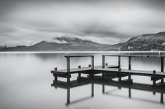 La mouette fantme (Johan FREIMANN) Tags: blackandwhite lake annecy montagne nikon noir lac nuages et blanc ponton mouette calme filtre hautesavoie rhonealpes albigny longuepose nd1000 d7000