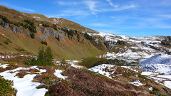 Snsersee (1810m) from the south ridge of the Snser Spitze (2061m). (Tijs Michels) Tags: autumn bregenzerwald snsersee