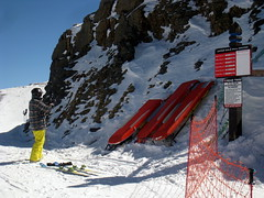 Revelation Bowl, Telluride CO (Boston Runner) Tags: winter snow ski sign warning colorado top upper snowboard telluride emergency readthis sleds chutes goldhill 2016 revelationbowl