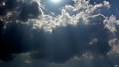 (Blas Torillo) Tags: light sky naturaleza sun luz sol nature beauty silhouette mxico clouds contraluz mexico nikon cielo nubes sunrays puebla belleza lightrays rayosdesol professionalphotography rayosdeluz  fotografaprofesional mexicanphotographers d5200 fotgrafosmexicanos nikond5200