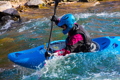 (BLEUnord) Tags: blue woman sports sport river eau kayak exterior action centre femme center rivire bleu waters extrieur stcharles excellence rapides valleyfield salaberry eauvive salaberrydevalleyfield kayakiste centredexcellencedeauvive