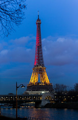 France / Belgium (meldarbordeaux) Tags: street city nightphotography blue light paris france tower colors architecture night europe cityscape nightscape belgium eiffeltower citylife eiffel toureiffel bluehour autofocus prayfortheworld archilovers prayforbelgium