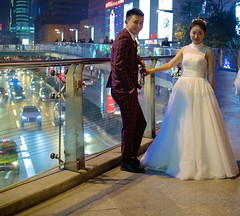 Wedding photo bridge in Chengdu (jonarnefoss2013) Tags: china chengdu kina sichaun nikon1