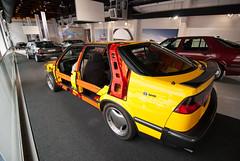Saab 9000 - Saab Car Museum (avantgarde_w2) Tags: metal sweden schweden saab crosssection cutaway wideanglelens  saab9000 crumplezone innovatum trollhtten weitwinkelobjektiv tokina1116mmf28 saabcarmuseum saabbilmuseum