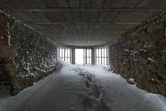 Toward the light (Alessandro Iaquinta) Tags: italy snow cold canon reflex italia adventure fullframe picoftheday dlslr