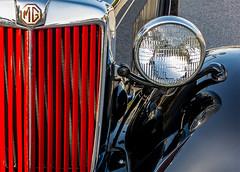 1951 MG Roadster  front (MyArtistSoul) Tags: red black car vintage mg fender grille headlamp 1951 roadster td frontend s100 0464