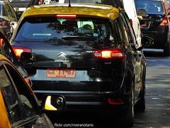 Citron C4 Picasso Taxi de Santiago, Chile (RiveraNotario) Tags: chile santiago cars taxi citron taxis autos minivan mpv providencia carspotting citronc4 citronc4picasso taxidesantiago