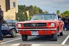 Ford Mustang (1st-gen) '65 (Fido_le_muet) Tags: cars ford coffee car les 1st sunday first 24 mustang tours gen avril meet monthly espace dimanche 65 1965 2016 touraine malraux jou rasso rassemblement mensuel joulestours