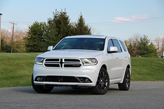 2016 Dodge Durango 1 (Kevin Kemmerer) Tags: people white canon ivory dodge pearl suv tamron durango rt mover sl1 2016 18250mm tricoat