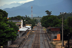 Tracks with no trains (Otaclio Rodrigues) Tags: trees mountain brasil postes tracks antena posts montanha antenna estaoferroviria rvores oro resende railroadstation trilhos