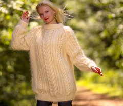IVORY Hand Knitted Sweater Handgestrickte Mohair Pullover SUPERTANYA (Mytwist) Tags: irish woman wool fashion lady female fetish cozy sweater fisherman hand fuzzy fuck ivory craft style fantasy mohair knitted aran pullover slave laine wolle sweatergirl handgestrickte supertanya aransyle