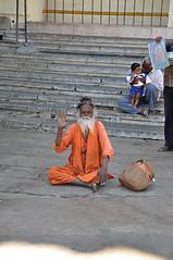 india (_.Lorenzo._) Tags: street trip travel portrait people india colors photography photo nikon ethnic mysore ritratto chamundi chamundihill etnico