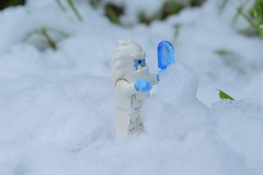 Snowman time (Nesient42) Tags: winter snowman lego yeti abominable minifigures