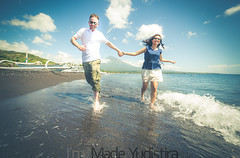 V+W 10 (Bali Based Freelance Photographer and Photo Stocks) Tags: trip vacation bali beach canon couple photographer good great freelance prewedding balinese prewed amed karangasem