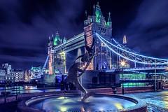 Girl & The Dolphin HC9Q9954-1a (rodwey2004) Tags: longexposure nightphotography london towerbridge reflections landmark iconic