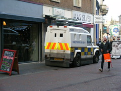 Police Armoured Landrover in Belfast City Centre (seanfderry-studenna) Tags: city blue ireland public lights december cops candid centre police belfast security vehicle service law enforcement emergency northern landrover polizei patrol policia forces ulster 999 polizia armoured 2015 psni policija liveried